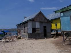 Komodo National Park. Pulau Kukusan island. Fishing village (10)