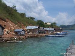 Komodo National Park. Pulau Kukusan island. Fishing village (4)