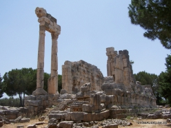 Qasr Naous Roman Temples