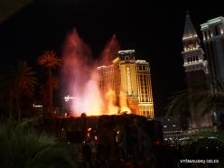 Las Vegasas. Mirage Volcano Show (6)